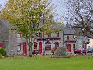Weirs Bar & Restaurant - Multyfarnham County Westmeath Ireland