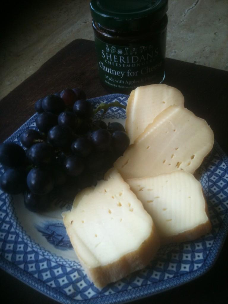 Grapes, Gubbeen & sheridans chutney